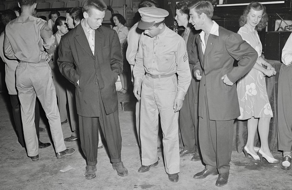 Vintage Photo Of Men Wearing Zoot Suits With Soldier